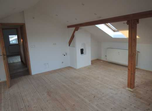 Wunderschöne neu renovierte 2-Zimmer-DG-Wohnung in Marktl