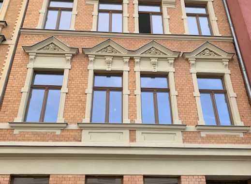 Erstbezug nach Sanierung: 2-Zimmer-Küche-Bad und Terrasse im Zentrum von Halle (Saale) zu vermieten
