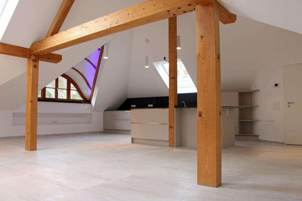 """Ökologisch Neuausgebaute 4 Zimmer DG Wohnung - """"mit dem Schlüssel zum See""""  - 82319 Starnberg   in Starnberg (Starnberg)"""