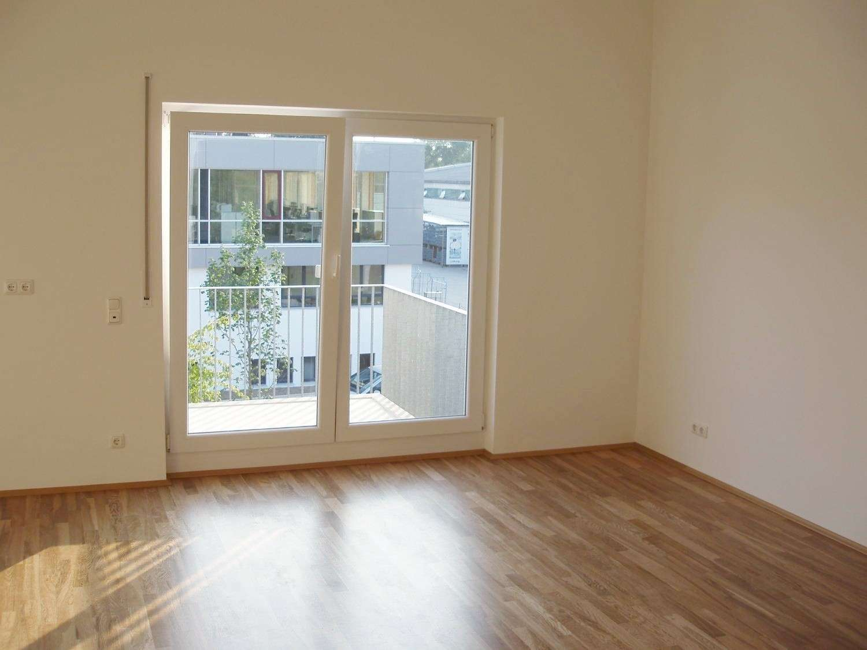Helle, moderne 2 Zi. Wohnung in München-Aubing in Aubing (München)