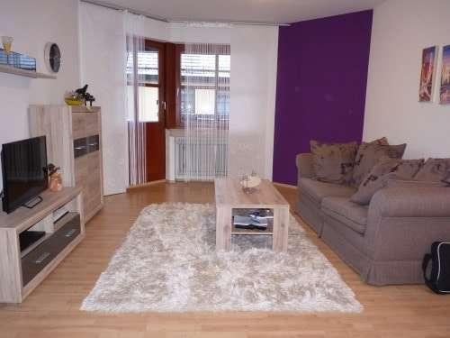 ++modere Wohnung mit Balkon und Küche ++ frei ab sofort in Kernstadt (Straubing)