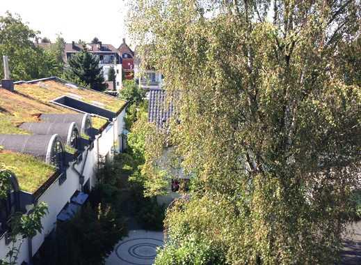 Zentral gelegene möblierte Wohnung in ruhigem Haus mit Garten von PRIVAT!
