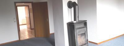 Günstige, geräumige und teilweise renovierte 2-Zimmer-EG-Wohnung mit EBK in Petershagen-Windheim