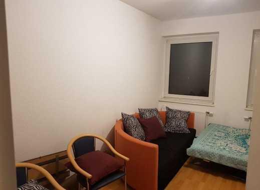16m² großes möbliertes Zimmer in einer 2er-WG