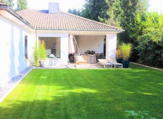 Saniertes, charmantes, freistehendes Haus, 801 m² Grundstück in Mönchgladbach - am Bökelberg!!