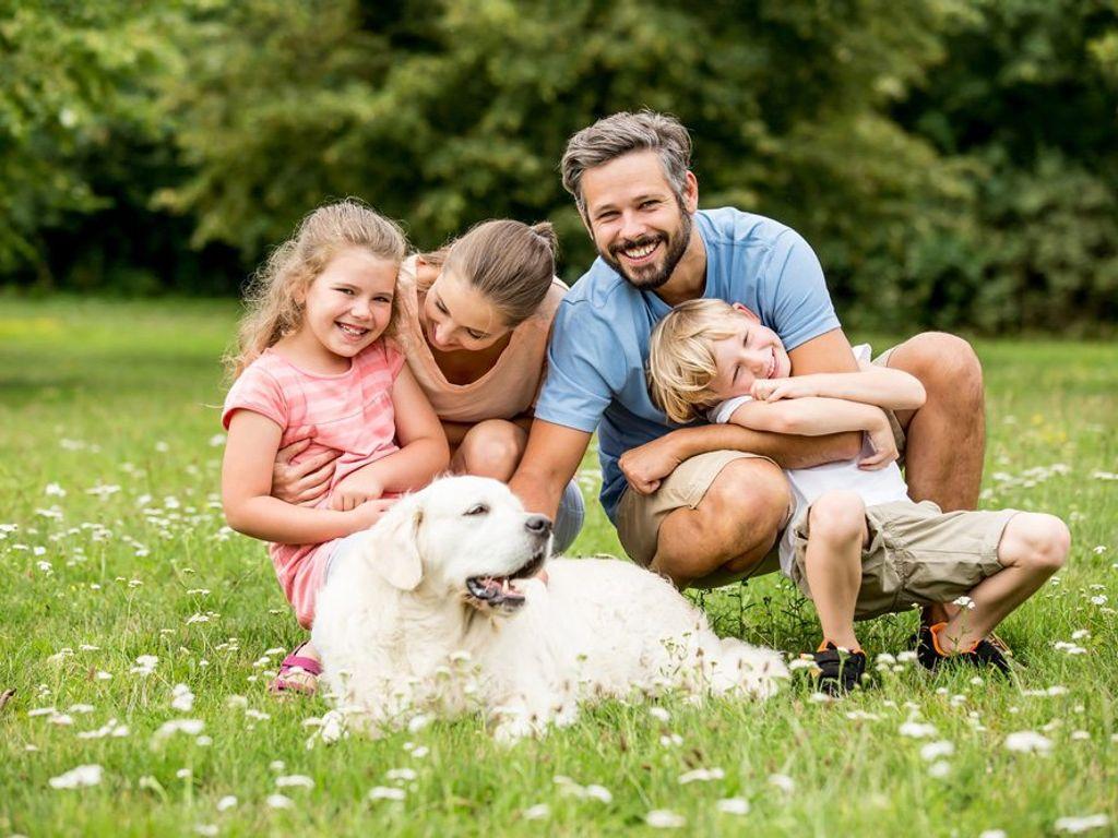Familie mit Hund