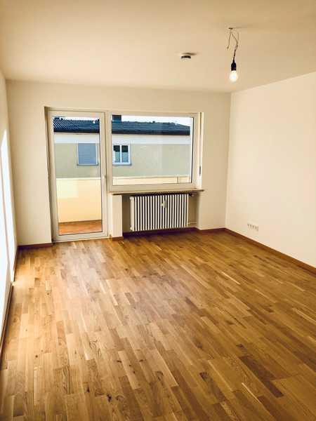 Erstbezug nach Sanierung mit Balkon: exklusive 2-Zimmer-Wohnung in Starnberg in Starnberg (Starnberg)