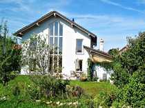 Wunderschöne Einfamilienhaus-Doppelhaushälfte mit unverbaubarem Traumblick