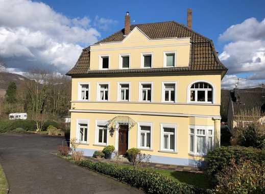 Schnuckelige 2- Zimmerwohnung in Altbauvilla sucht neuen Mieter