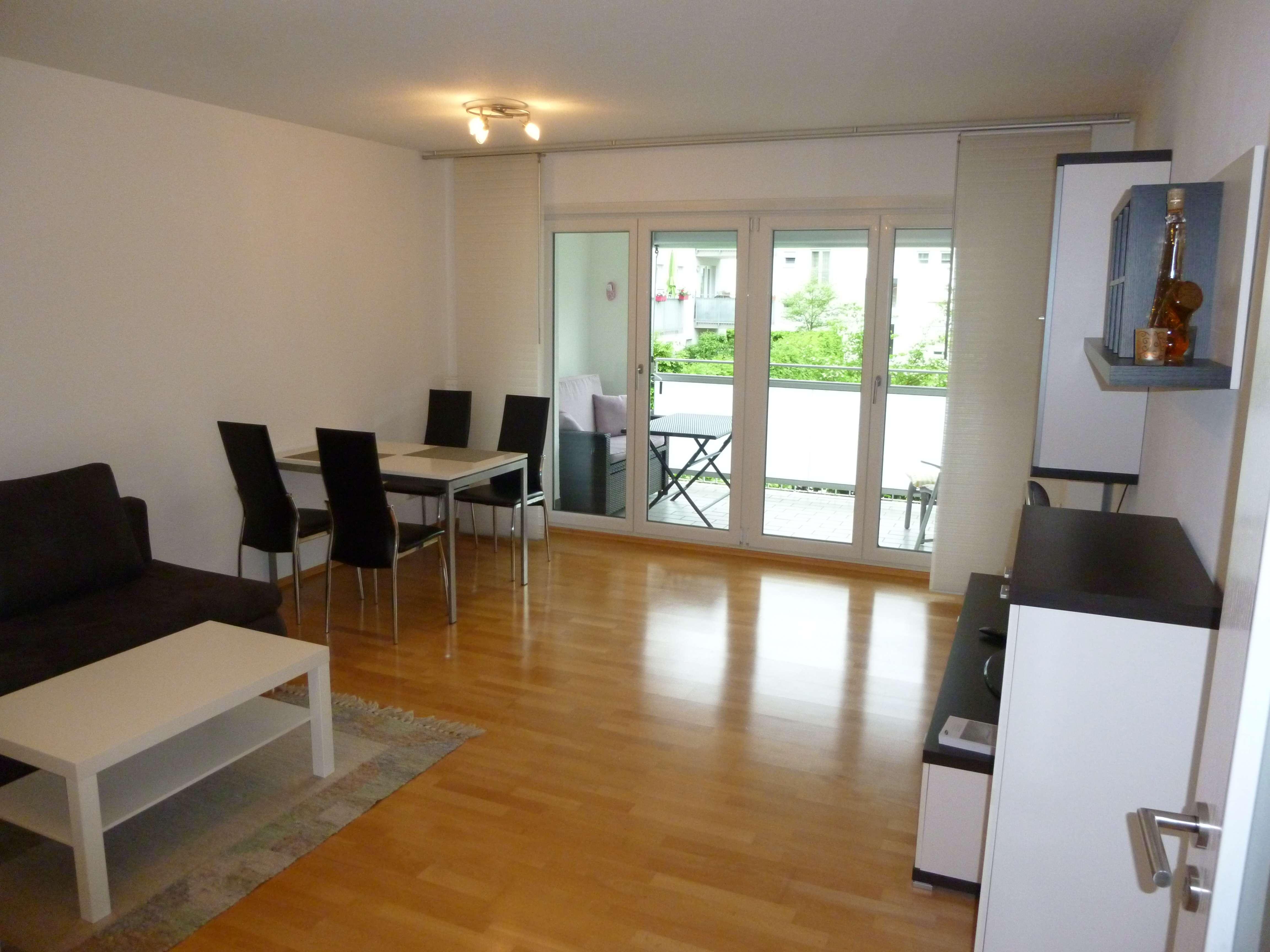 Sonnige 2-Zimmerwohnung Nähe Arcaden mit EBK u. Loggia in Galgenberg (Regensburg)