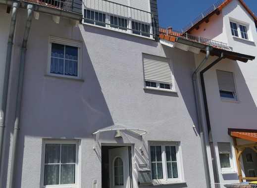 Schönes, geräumiges Haus mit fünf Zimmern in Raunheim