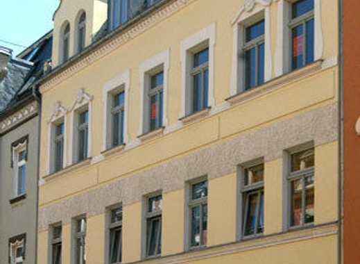 Tolle 3-Zimmer-Wohnung mit großer Wohnküche inklusive Einbauküche und Südbalkon im Erdgeschoss!