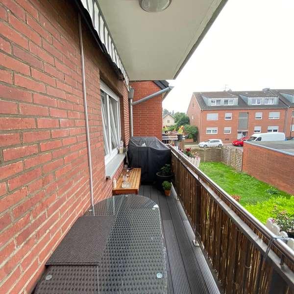*** helle 4-Zimmer-Wohnung mit Balkon in Eilendorf ***