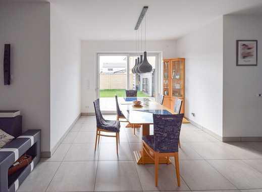 Ruhige Lage! Modernes, lichtdurchflutetes 1-2-Familienhaus mit exklusiver Ausstattung in Jembke!