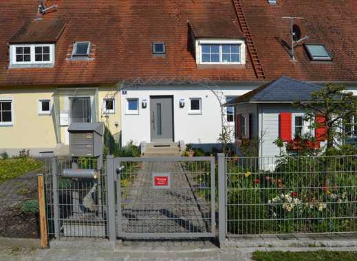 Vollständig renovierte 3-Zimmer-Erdgeschosswohnung mit Gartenpavillon und Einbauküche in Neuburg