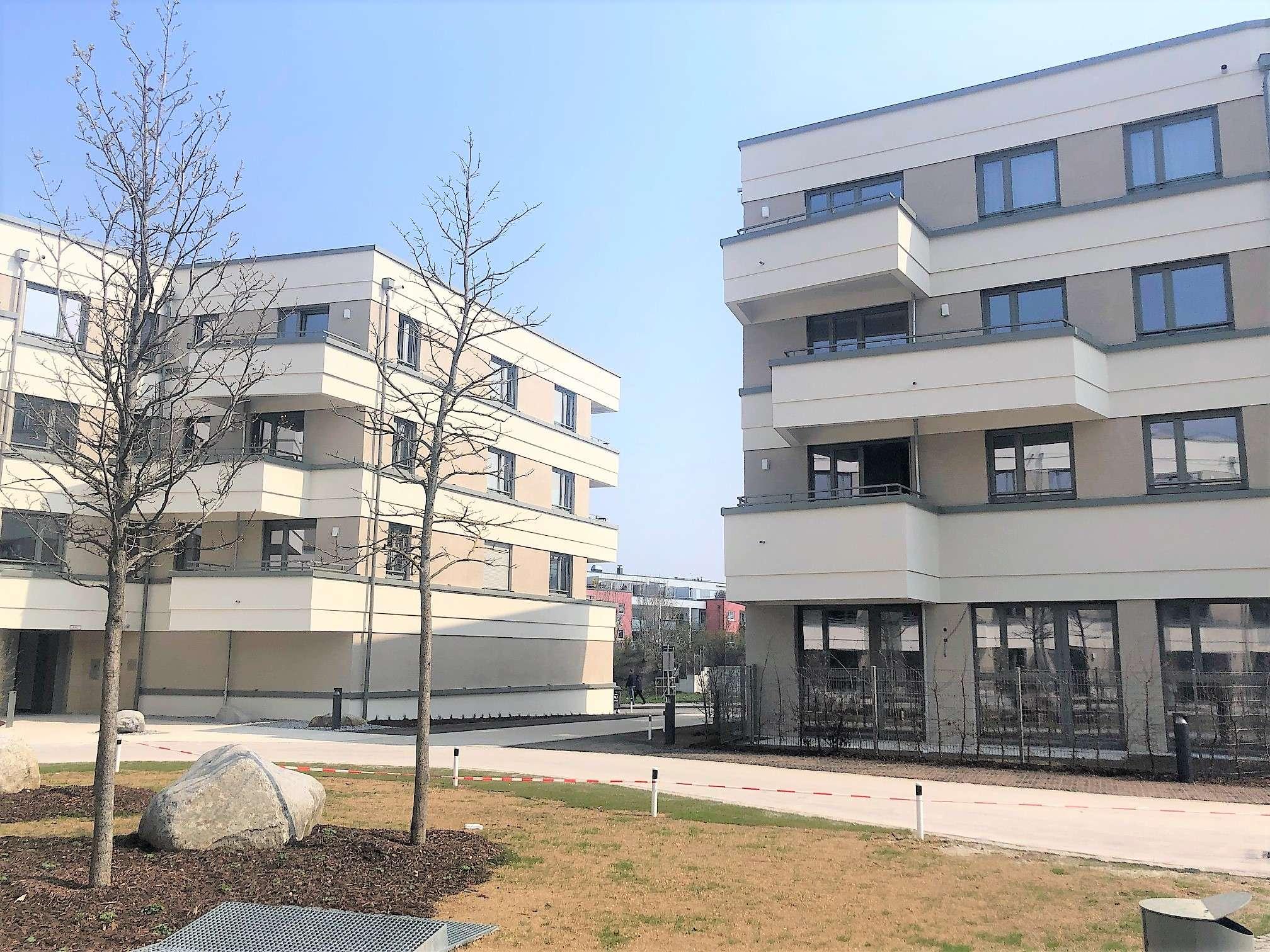 Erstbezug! Charmante 3 Zimmer Neubauwohnung mit Ost-Balkon + Einbauküche,  S-Bahn Nähe