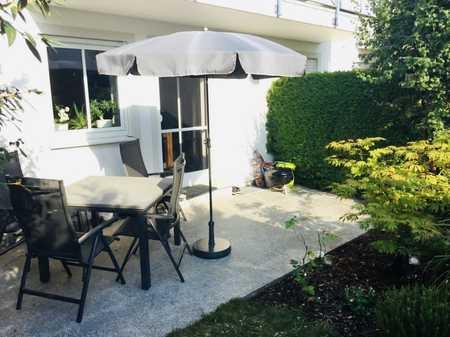 Stilvolle, ruhige und gepflegte 2-Zimmer-Wohnung mit Terrasse und Einbauküche in Erding in Erding