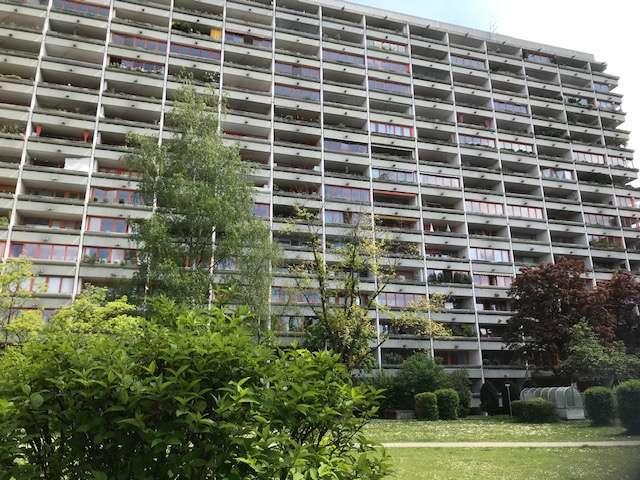 Helle moderne, vollst. renovierte 1-Zimmer-Wohnung mit Balkon, sep. Küche in Laim, München