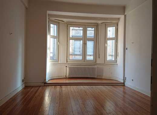 Gepflegte 3-Zimmer-Wohnung mit Balkon und Einbauküche in Saarbrücken