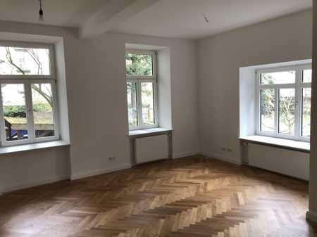 ***Direkt am Bordeauxplatz - Top renovierte Altbauwohnung*** in Haidhausen (München)