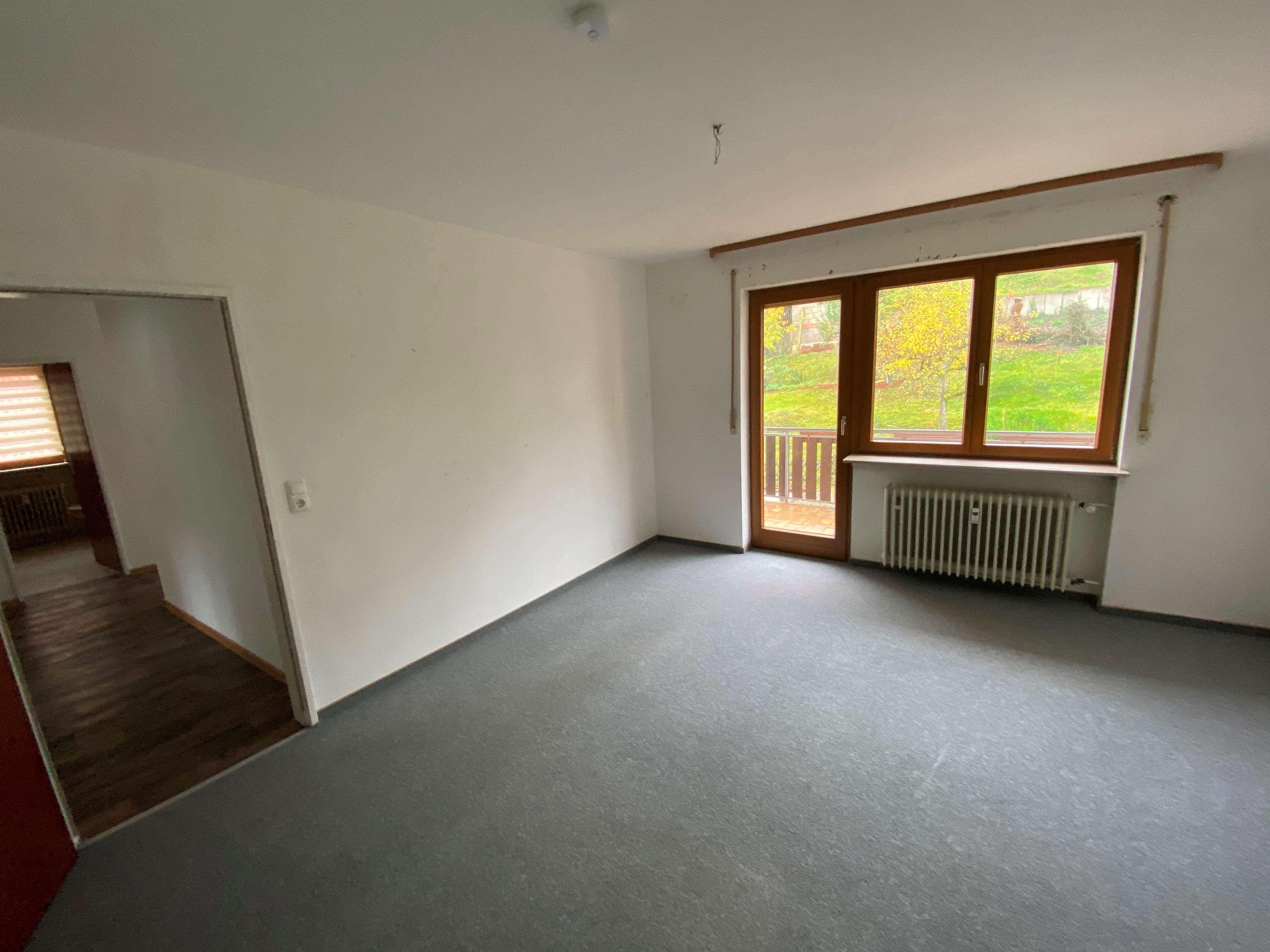 Großzügige 3 Zimmerwohnung im Ortskern von Frammerbach in
