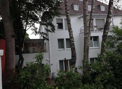 Möbl. 2-Zimmer-Wohnung am Abteiberg, Gladbachs neue Innenstadt-Location im Grünen