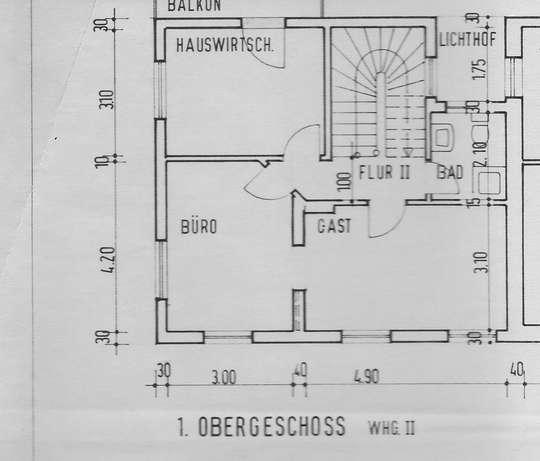 Gepflegte 7-Zimmer-Wohnung mit EBK in Bremen über 3 Ebenen
