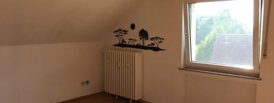 Ruhig gelegene 2,5 Zimmer-Dachgeschoss-Wohnung Nähe Werre-Park