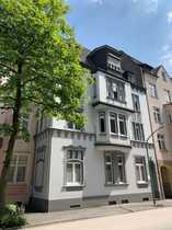 vollständig renovierte 4-Zimmer-Wohnung mit Balkon