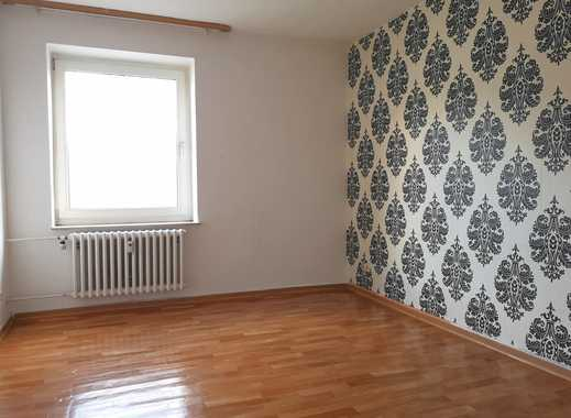 Treppensteigen lohnt sich! 3-Zimmer Dachgeschosswohnung, jetzt Media Markt Gutschein sichern!