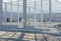 Neubau - moderne Produktionshalle in Autobahnnähe
