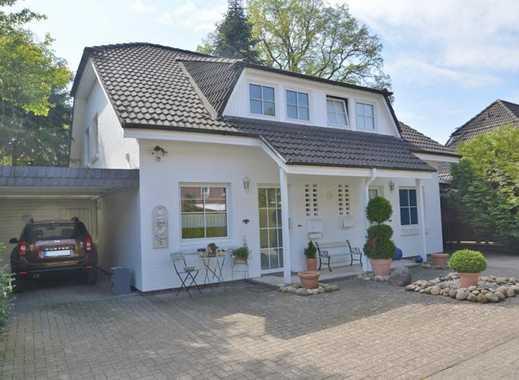 Gepflegte kleine Doppelhaushälfte mit Carport auf einem Hintergrundstück von Oldenburg-Ohmstede