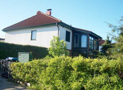 Landhaus m.Einliegerwohnung,2 Pferdeboxen,10.381m² Koppel in idyllischer Lage in Altenhof b.Röbel