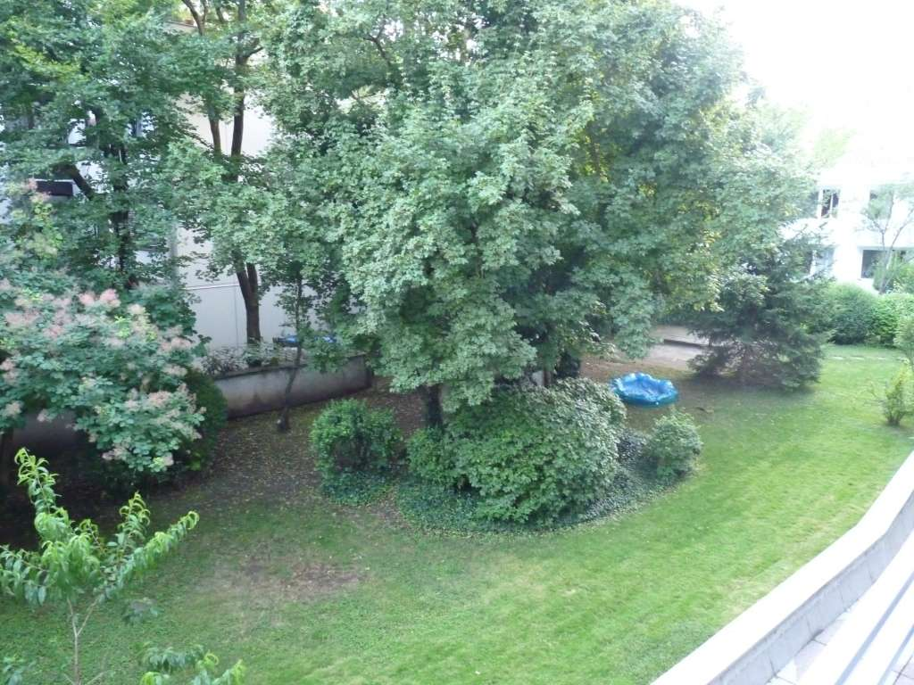 NEUES BAD, Ruhige, zentrale Wohnung mit Blick ins Grüne, umfassend saniert in Schwabing-West (München)