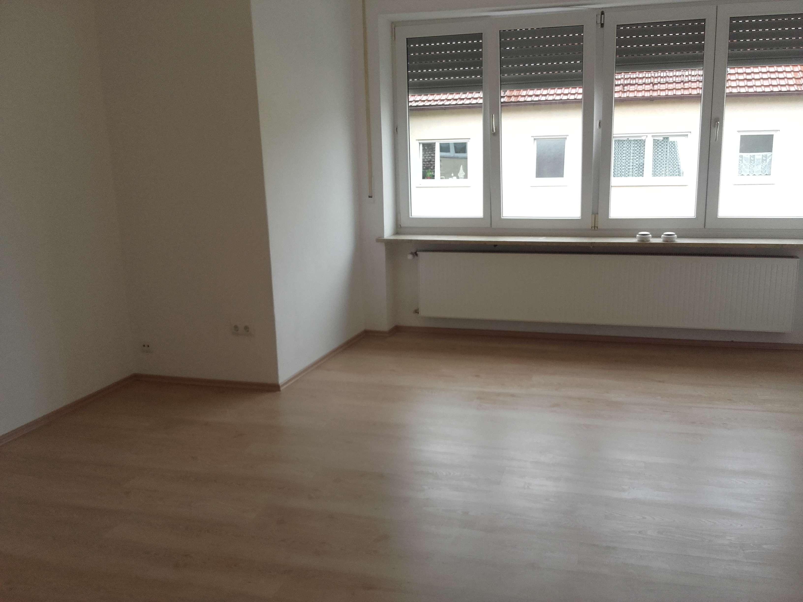 komplett renovierte 1-Zimmer Wohnung in Augsburg/Kriegshaber Trendelstraße langfristig zu vermieten in Kriegshaber (Augsburg)