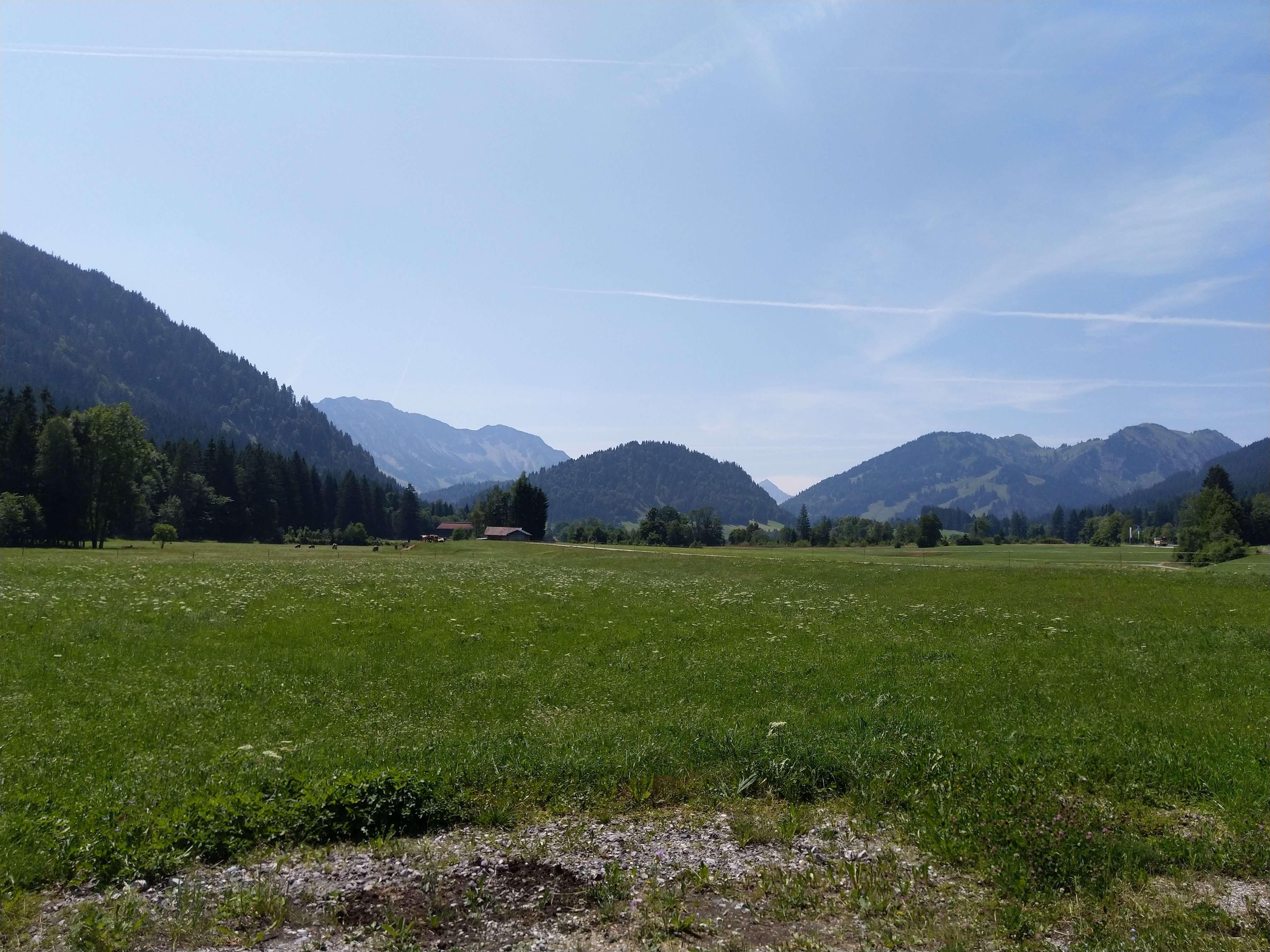 Traumhaftes Bergpanorama in Unterjoch, 70 qm, Splitlevel (EG & HP), Südterrasse in Bad Hindelang
