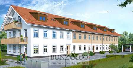 Erstbezug: Moderne 3-Zimmer-Dachgeschoss Wohnung mit Süd-West Balkon! in Vaterstetten