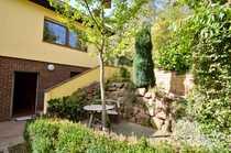 Hünstetten-Ketternschwalbach Einfamilienhaus-Bungalow mit schönem Garten