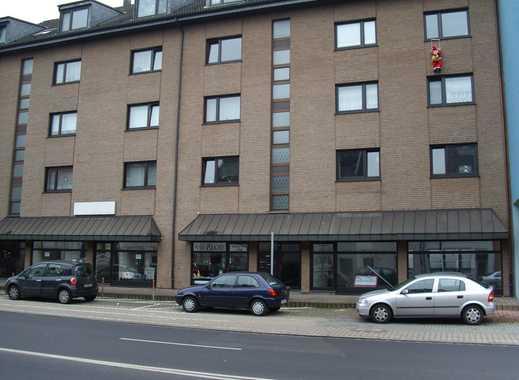 Stadwohnung mit großzügigem Wohnzimmer und Balkon