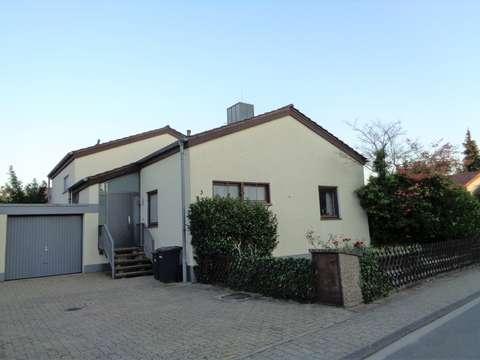 Freistehendes Architektenhaus In Top Lage Mit Zwei Terrassen Garage