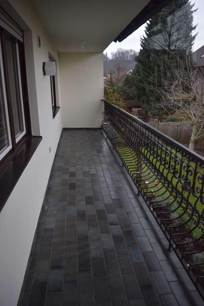 Großzügige 3,5-Zimmerwohnung mit Balkon in Wartenberg - bereits frei!