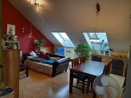 Ansprechende 3-Zimmer-Dachgeschosswohnung mit Einbauküche in Eitting in Eitting