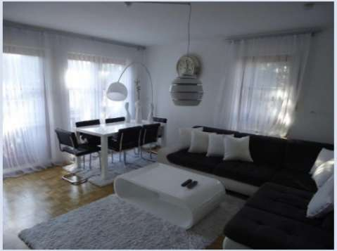 Exklusive 3-Zimmer-Wohnung mit Balkon und EBK in Trudering, München in