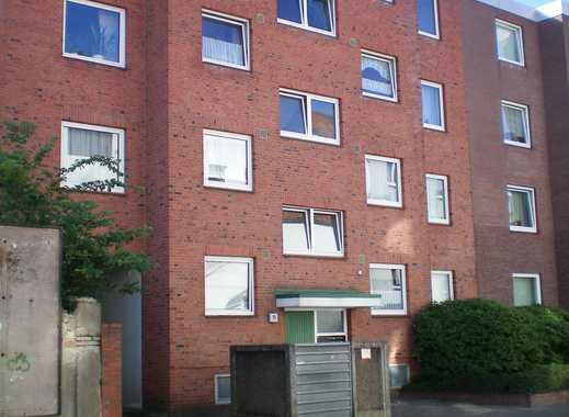 Große Wohnung - kleiner Preis! Großzügige Wohnung mit Balkon in zentraler Lage!