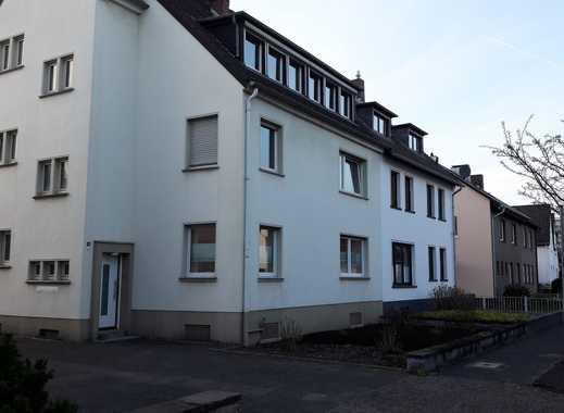Sanierte helle Dreizimmerwohnung in ruhiger und zentraler Wohnlage (Goethestr.)