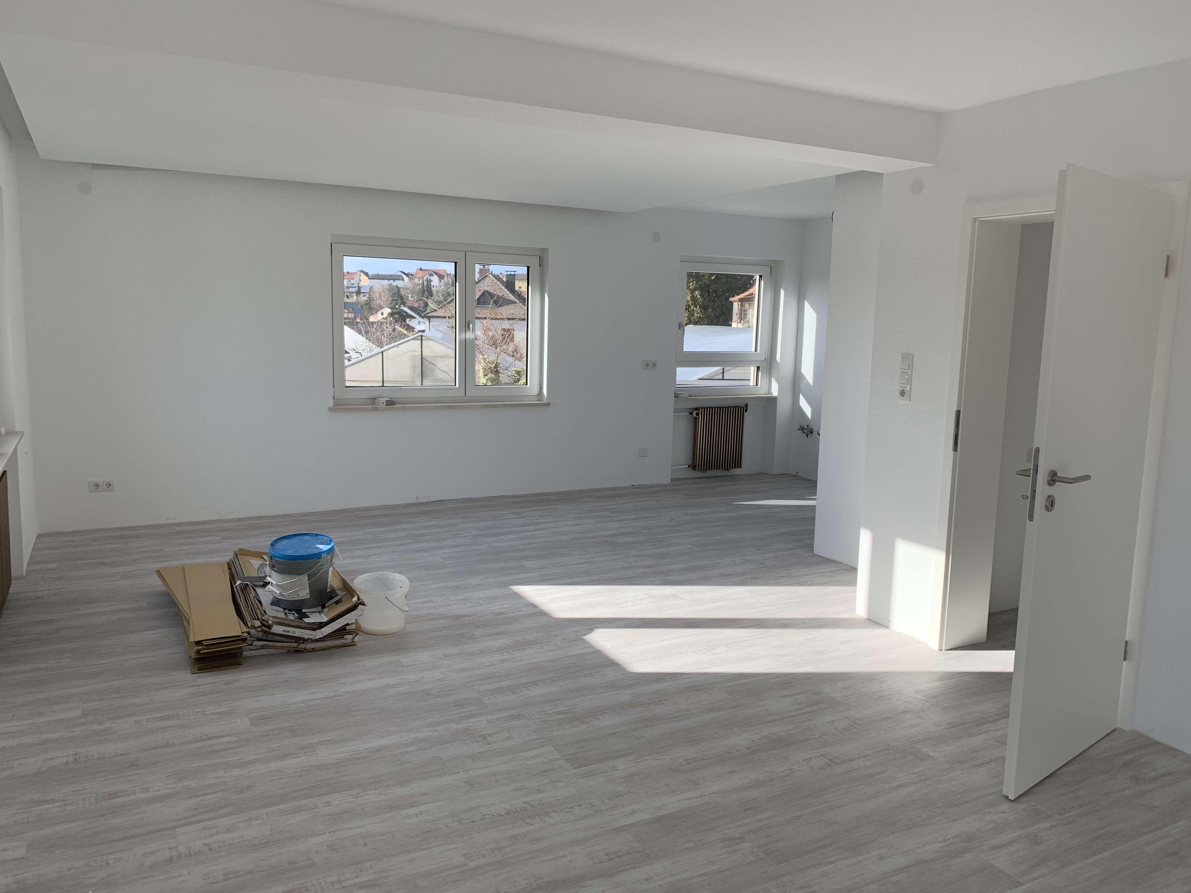 Sanierte 3-Zimmer-Wohnung mit Balkon in Estenfeld in