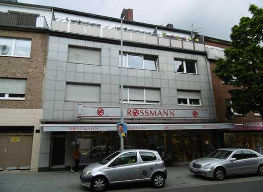 MG-Odenkirchen Zentrum, gepflegte 3 Zimmer-Wohnung mit großem Balkon