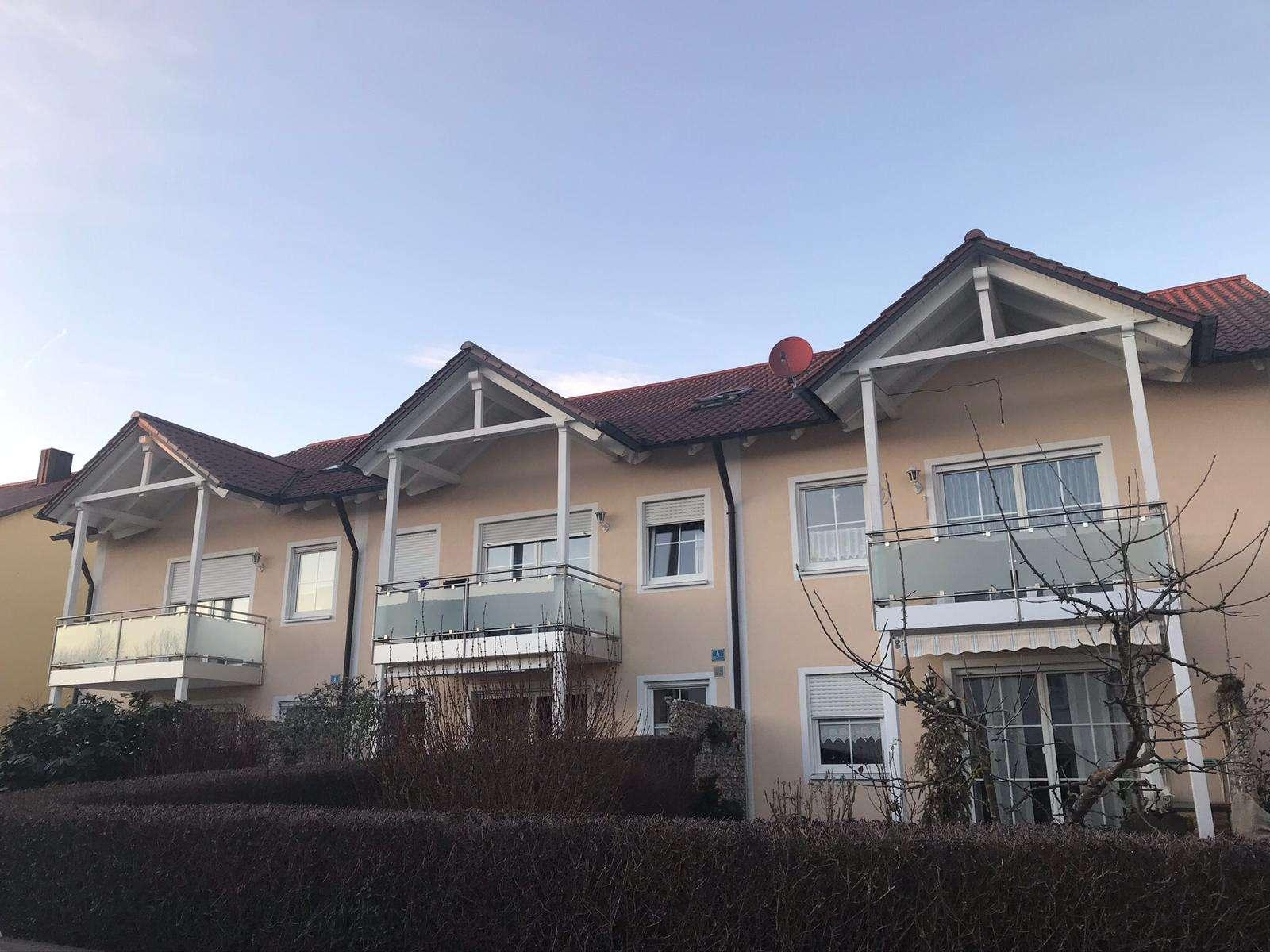 3 Zimmer, Küche, Bad (76 m²) + separates Appartement (45m²) in