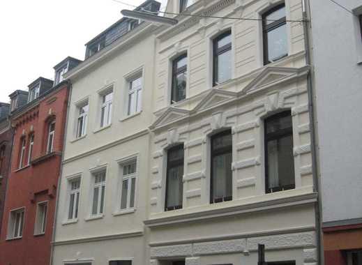 Wunderschöne Balkonwohnung 2 Zimmer teilmöbliert in Köln/Deutz- Ideal für Studenten!