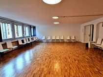 Raum für Yoga- Tanz- Gruppenunterricht